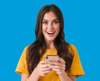 mujer-celular-mirando